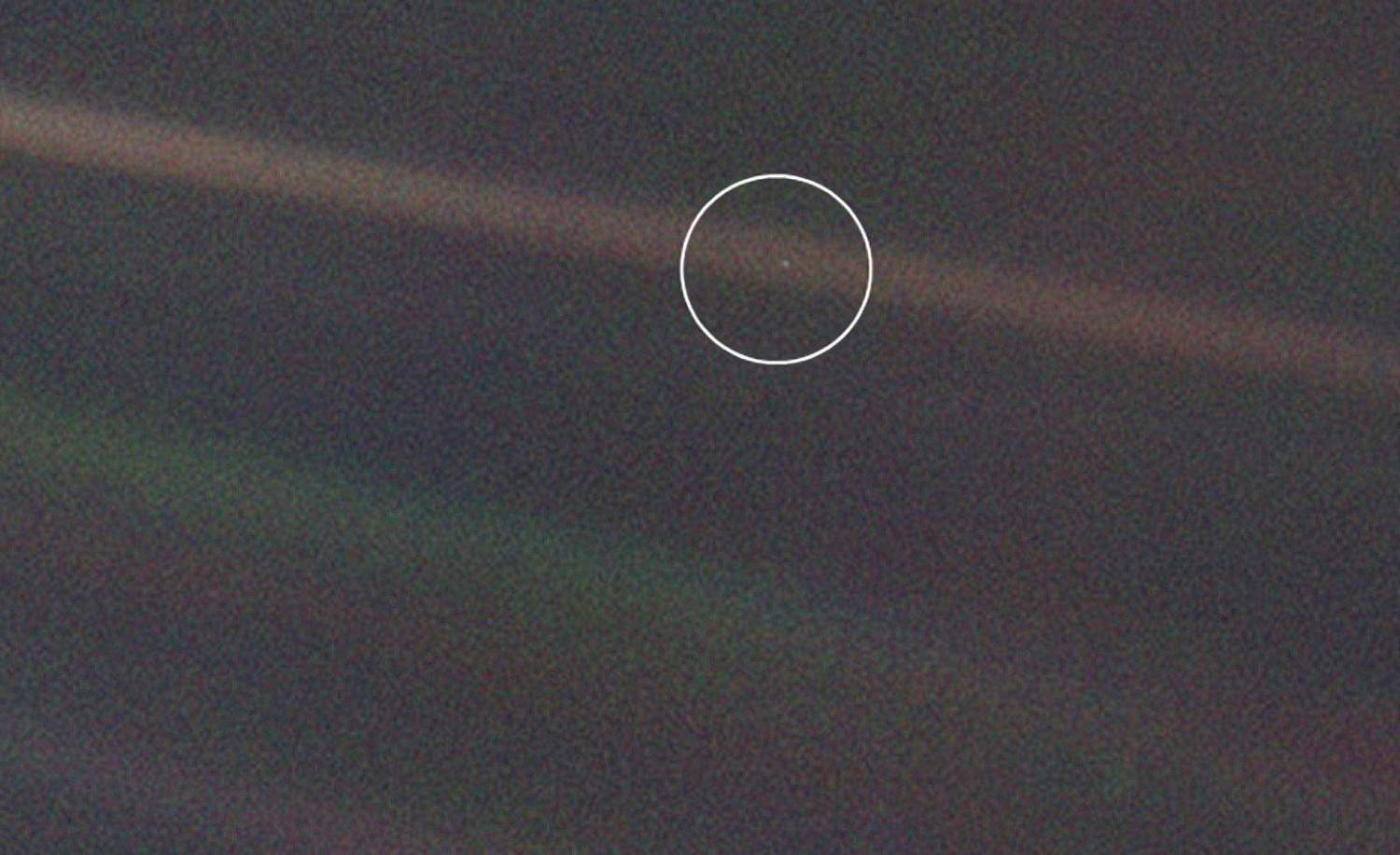 Pale-Blue-Dot-NASA